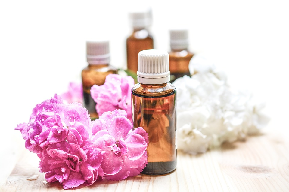 essential-oils-1851027_960_720